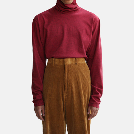 BORDER TURTLE NECK RED